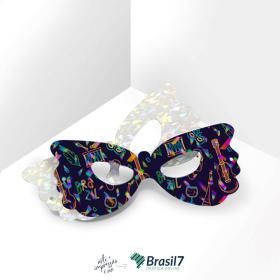 Máscaras em papel personalizada com acabamento holográfico Couche Brilho 250g 7,5x19 cm 4x0 Impressão frente colorida Laminação holográfica Faca Padrão e Elástico