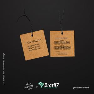 Tags em papel Kraft - Reto 4,5x5cm Kraft 300g 4,5x5 cm 4x4 impressão colorida frente e verso Sem Verniz Furo 3 mm